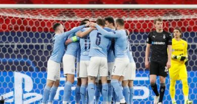 manchester-city-could-be-crowned-english-premier-league-champions-on-sunday-if-manchester-united-lose-to-liverpool