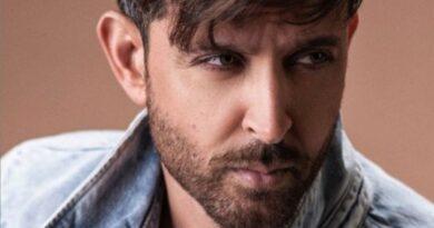 covid-19:-hrithik-roshan-joins-hollywood-stars-for-india-fund-raiser