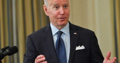 biden-shifts-covid-19-vaccination-strategy-in-drive-to-reopen-by-july-4