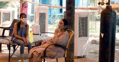 top-court-orders-indian-government-to-present-oxygen-plan