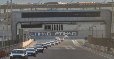 track-day-for-electric-vehicles-held-in-abu-dhabi