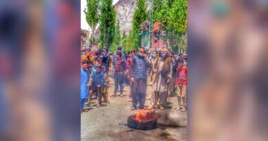 pakistan-mountain-region-observes-ramadan-in-darkness-after-power-cuts