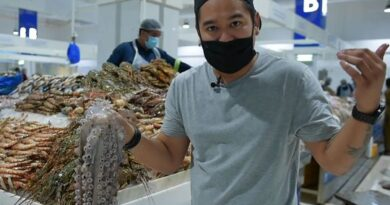 celebrity-filipino-chef-gives-a-detailed-guide-to-picking-fresh-seafood-on-a-visit-to-a-dubai-market