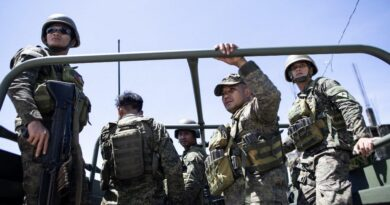 philippine-troops-drive-away-armed-rebels-from-public-market